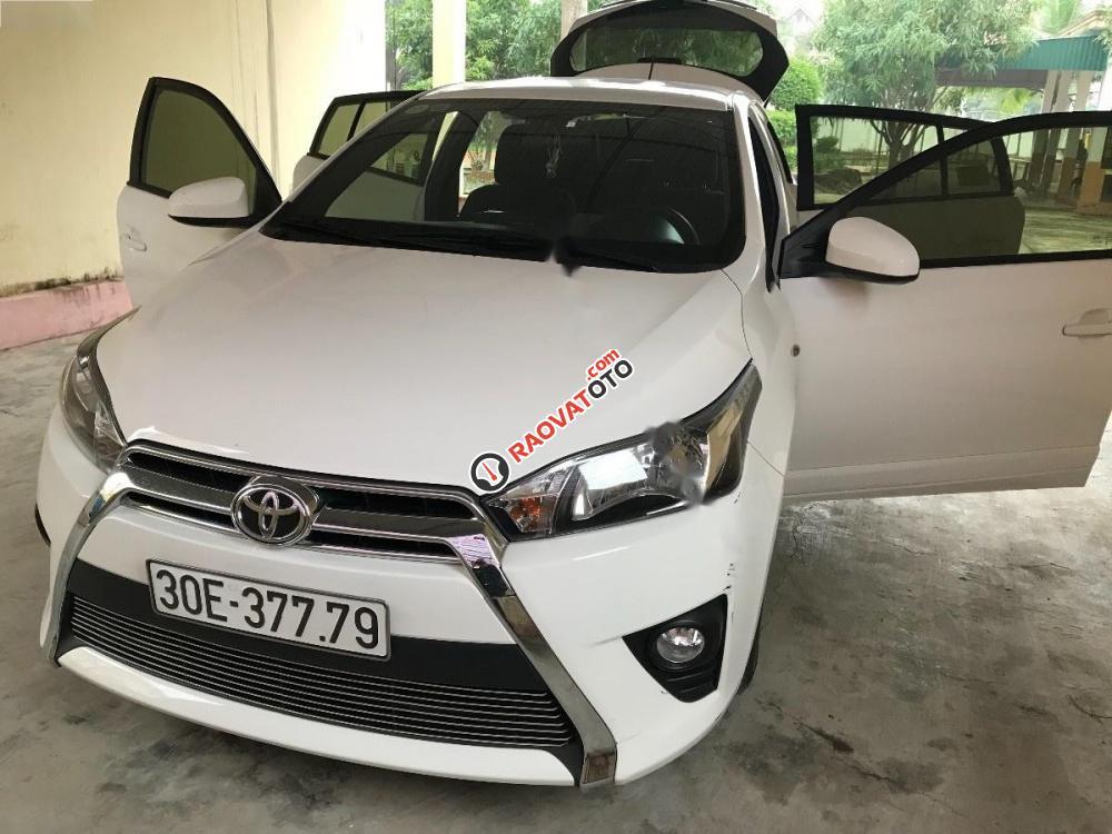 Cần bán xe Toyota Yaris E đời 2016, màu trắng, giá 550tr-0