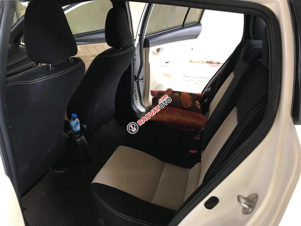 Cần bán xe Toyota Yaris E đời 2016, màu trắng, giá 550tr-6