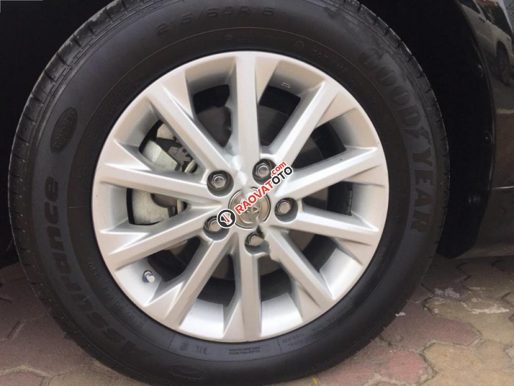 Bán xe Toyota Camry 2.0 sản xuất 2012, màu đen như mới-5