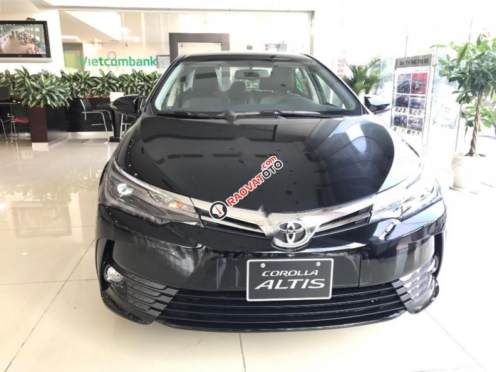 Cần bán Toyota Corolla Altis 2.0V AT đời 2017, màu đen giá cạnh tranh-0
