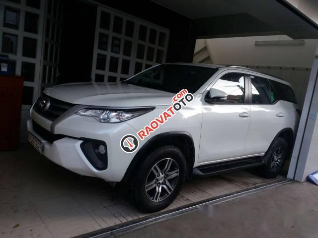 Cần bán xe Toyota Fortuner đời 2017, màu trắng-2