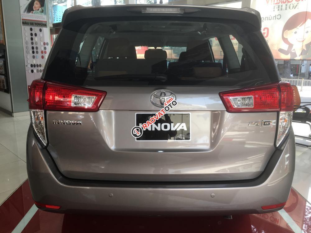 Bán Toyota Innova 2.0G AT trang bị DVD, cân bằng điện tử, giá cạnh tranh, hỗ trợ vay vốn 90%. LH 0916 11 23 44-5