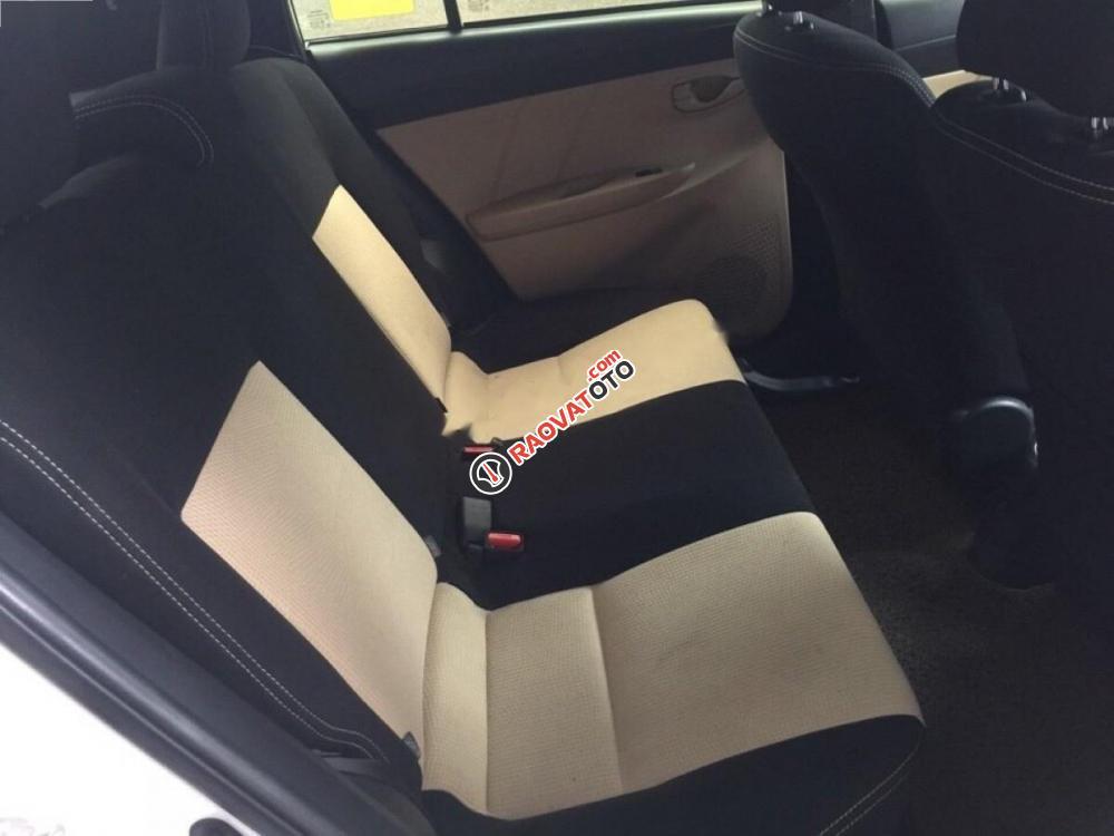 Cần bán xe Toyota Yaris E đời 2016, màu trắng, giá 550tr-9