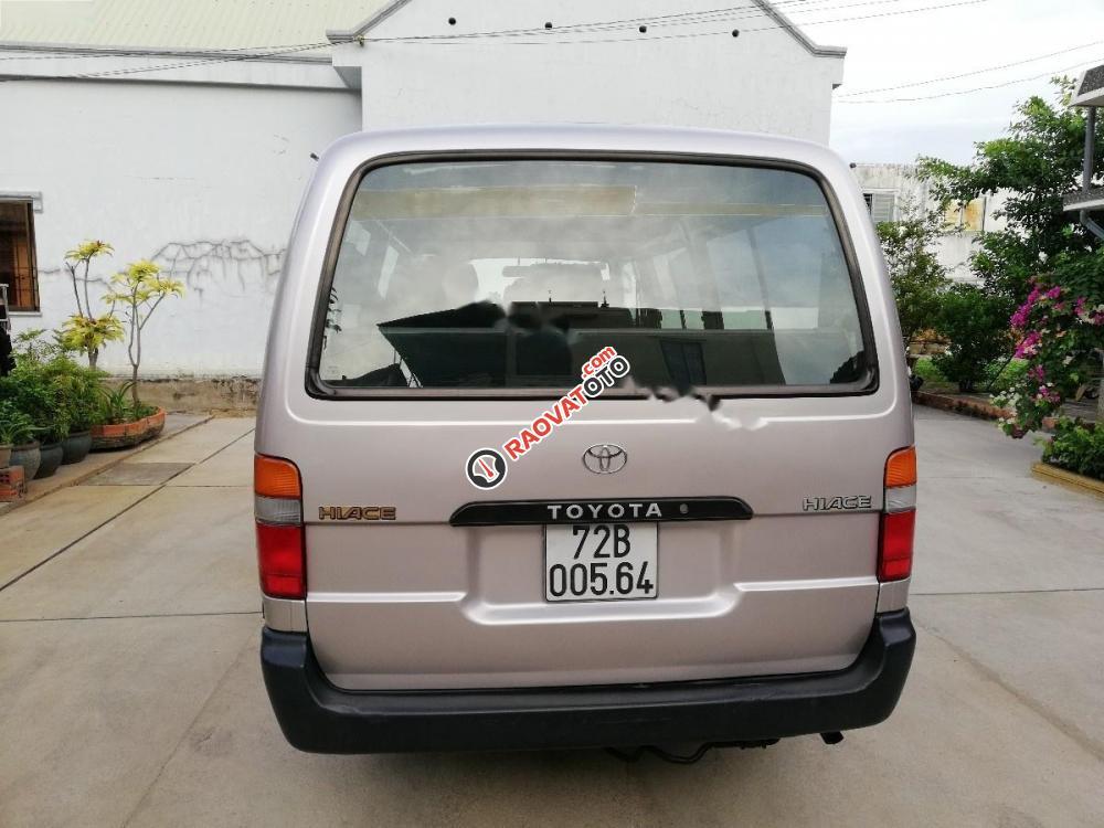 Cần bán xe Toyota Hiace năm 2005, chính chủ-3
