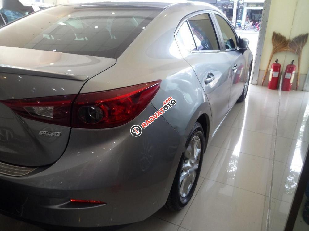 Cần bán lại xe Mazda 3 đời 2015, màu bạc như mới-8