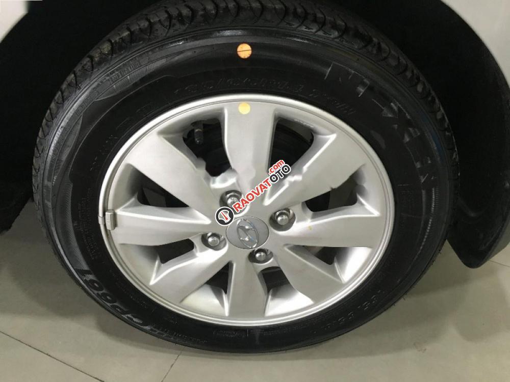 Bán xe Hyundai Grand i10 1.2 MT sản xuất 2016, màu bạc, nhập khẩu nguyên chiếc-4