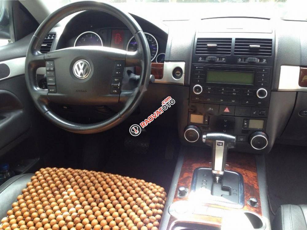 Bán Volkswagen Touareg 2008, màu đen, xe nhập còn mới, 900tr-0