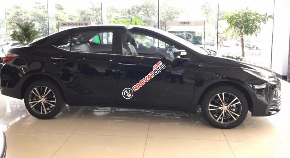 Cần bán Toyota Corolla Altis 2.0V AT đời 2017, màu đen giá cạnh tranh-4