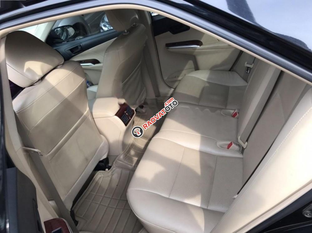 Bán xe Toyota Camry 2.0 sản xuất 2012, màu đen như mới-9