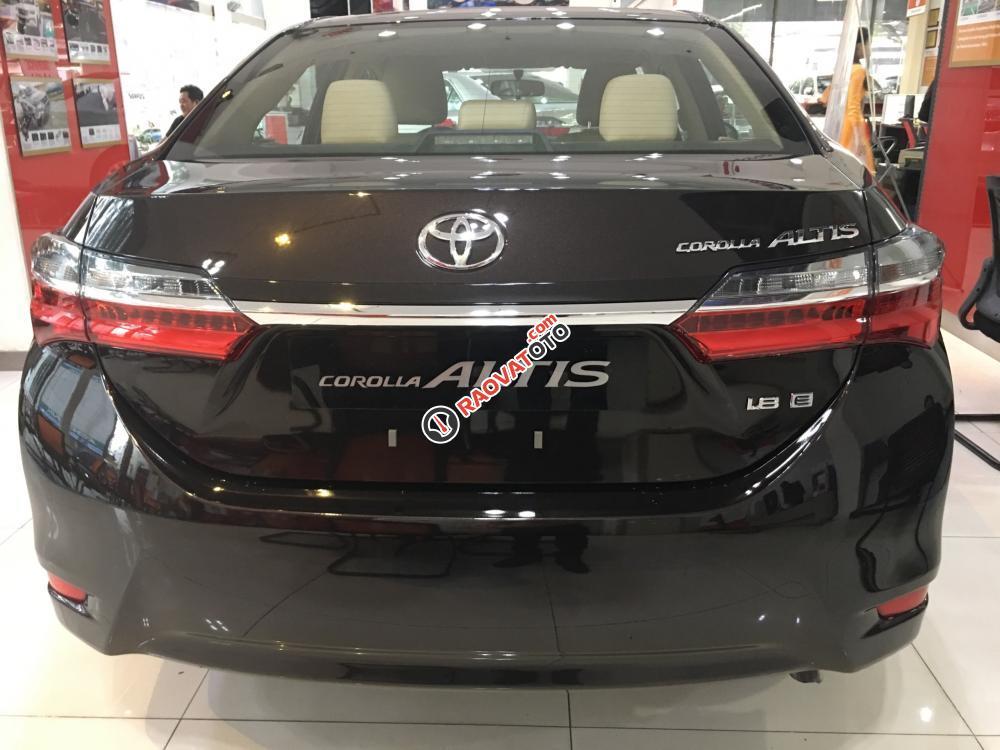 Bán xe Toyota Corolla Altis 1.8E (CVT) màu nâu, giá cạnh tranh, hỗ trợ vay vốn 90%. LH: 0916 11 23 44-1