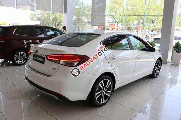 Kia Cerato hỗ trợ vay 90% giá trị xe, chỉ 150tr lăn bánh, không phát sinh-1