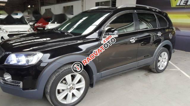 Bán Chevrolet Captiva Maxx 2.4 đời 2010, màu đen số tự động, giá tốt-5