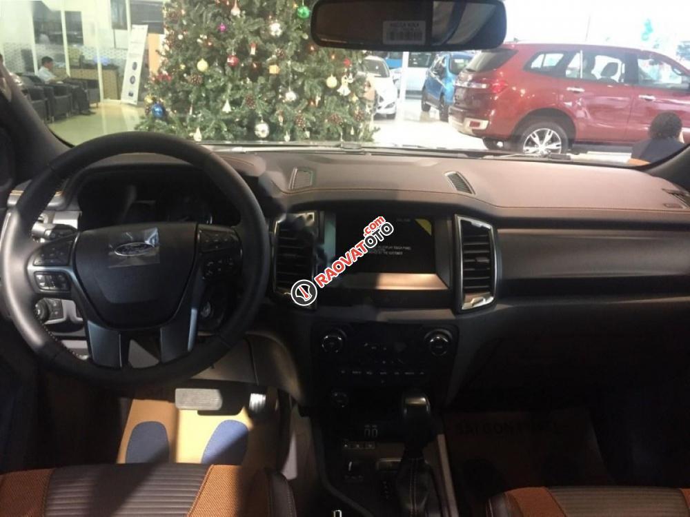 Cần bán xe Ford Ranger Wildtrak 3.2L 4x4 AT năm 2017, màu xám, nhập khẩu, giá chỉ 885 triệu-0