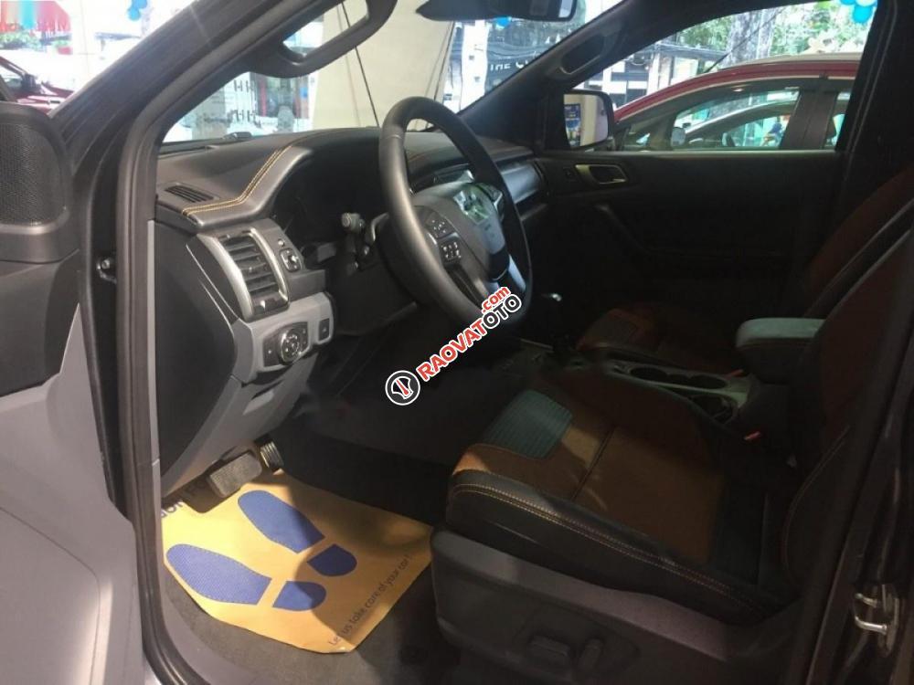 Cần bán xe Ford Ranger Wildtrak 3.2L 4x4 AT năm 2017, màu xám, nhập khẩu, giá chỉ 885 triệu-1