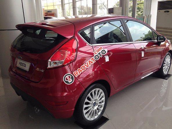 Cần bán xe Ford Fiesta 2017, màu đỏ-0