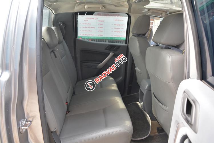 Cần bán Ford Ranger XLS 2.2AT đời 2016, màu bạc, nhập khẩu nguyên chiếc chính chủ-6