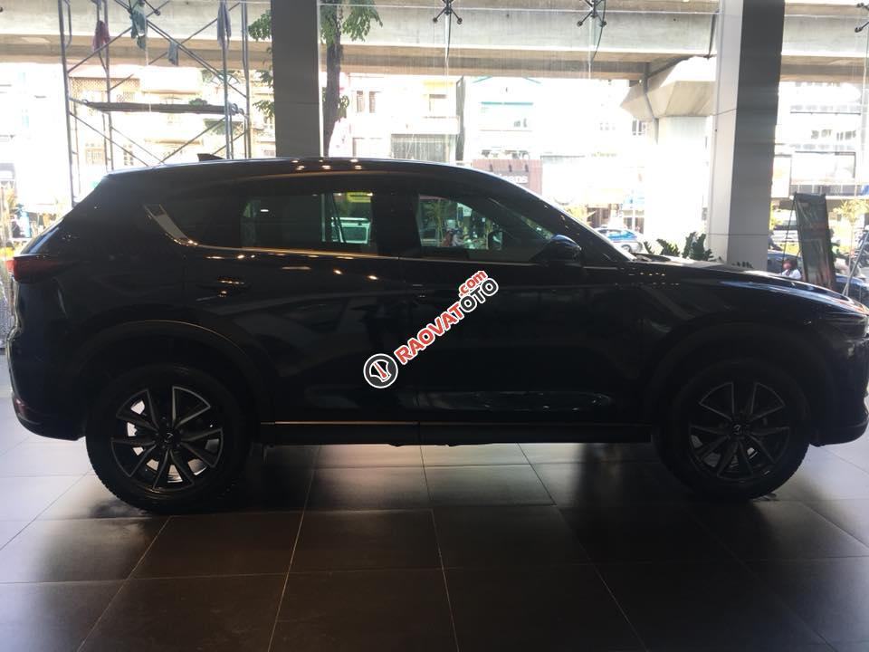 Bán xe Mazda CX 5 đời 2017, màu đen, giá tốt-1
