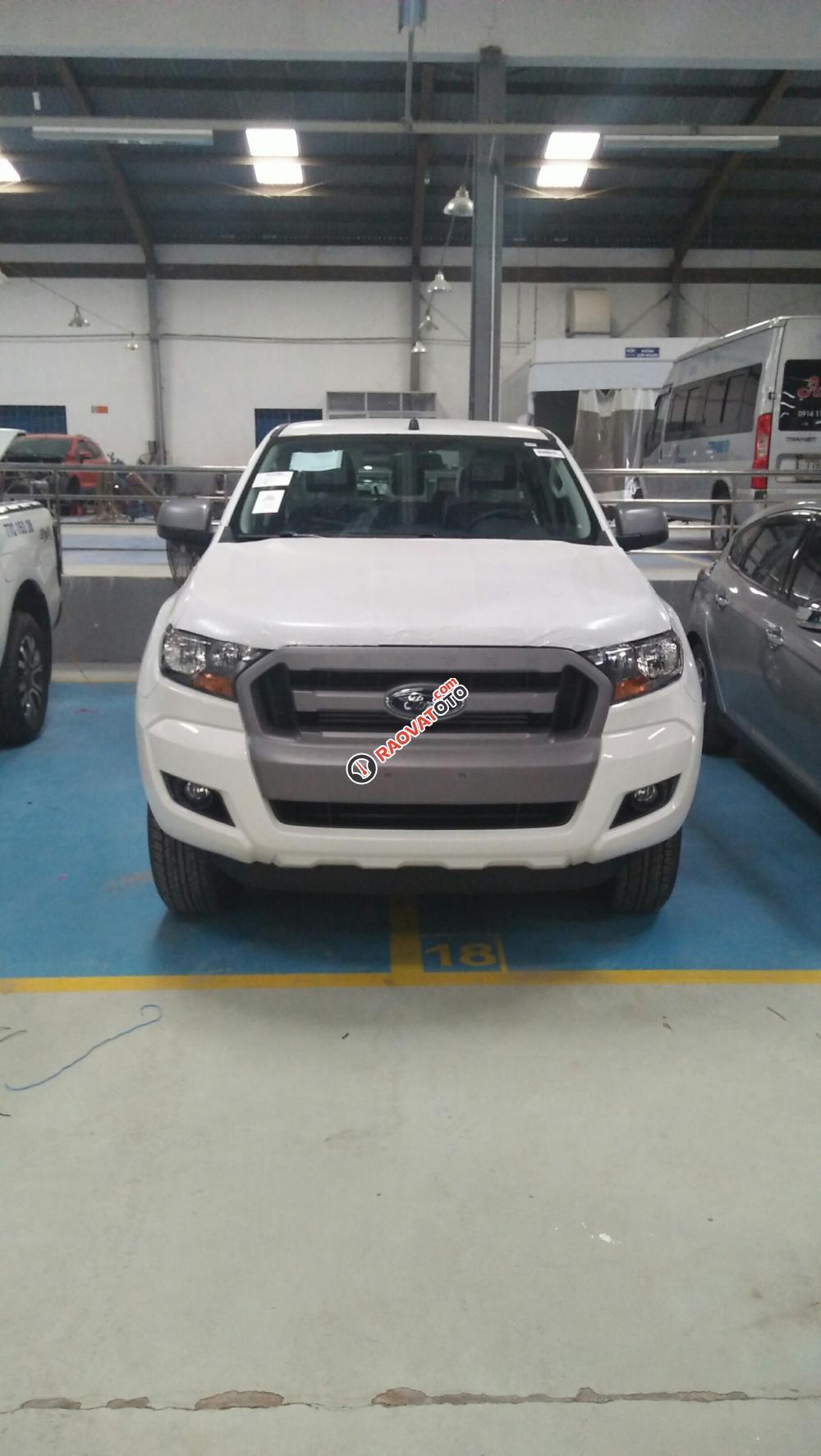 Bán xe Ford Ranger Wildtrak, XLS, XLT. Giá xe chưa giảm - Hotline báo giá xe Ford (miễn phí): 093.114.2545-1