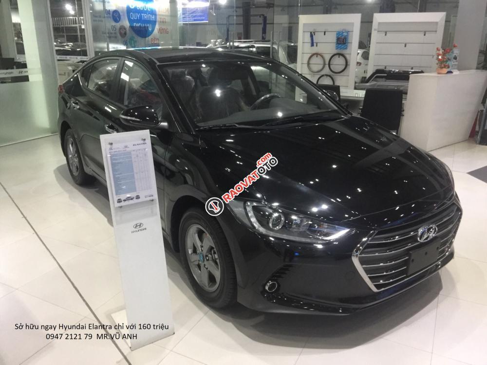 Xe Hyundai Elantra đời 2018 màu đen - Đà nẵng giá sốc, giảm giá 80 triệu, rẻ nhất thị trường-4