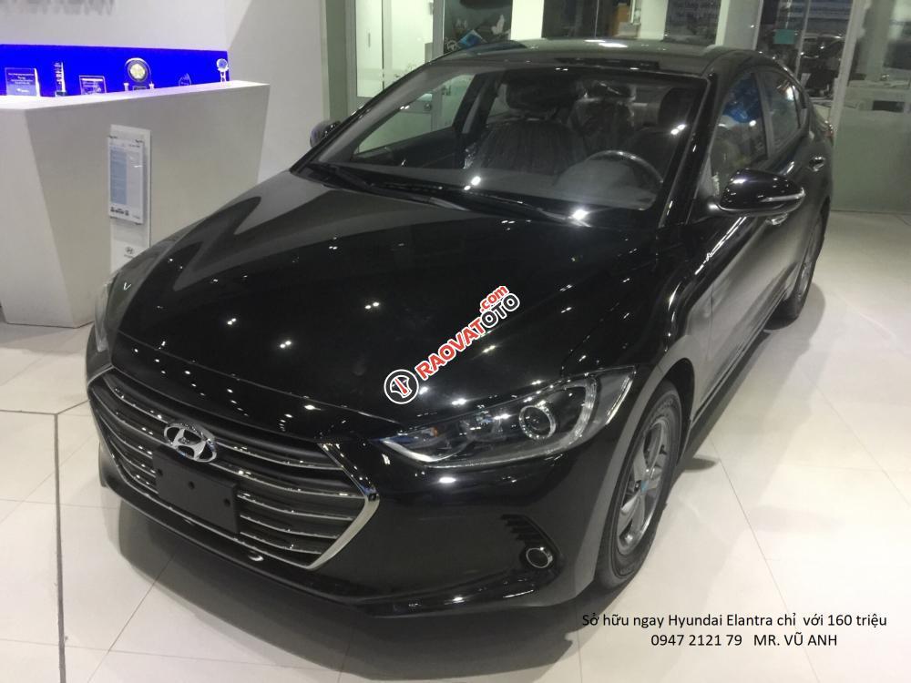 Xe Hyundai Elantra đời 2018 màu đen - Đà nẵng giá sốc, giảm giá 80 triệu, rẻ nhất thị trường-3
