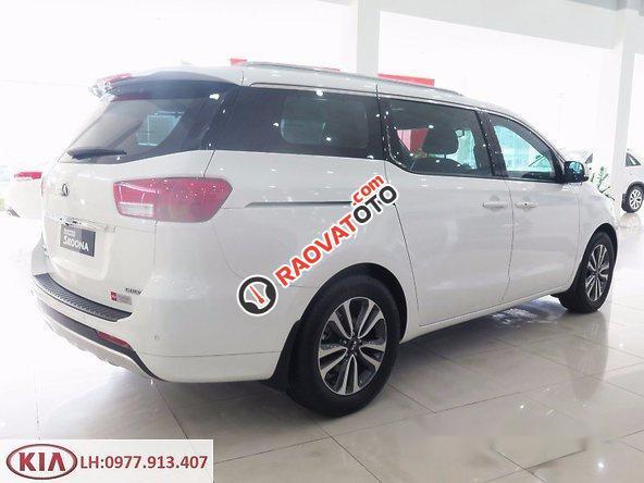 Bán xe Kia Sedona đời 2017, màu trắng-3