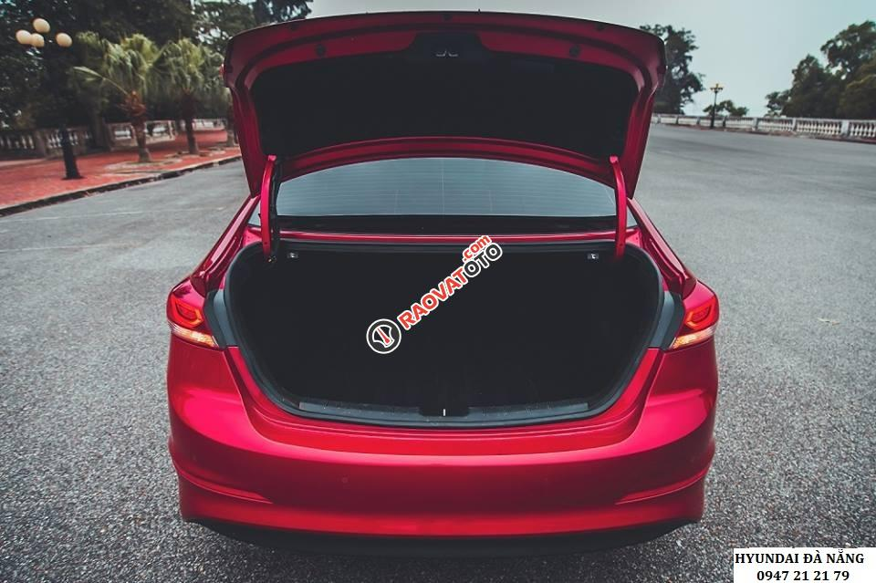 Xe Hyundai Elantra đời 2018 màu đỏ- Đà Nẵng, giá sốc, giảm giá 80 triệu, rẻ nhất thị trường-6