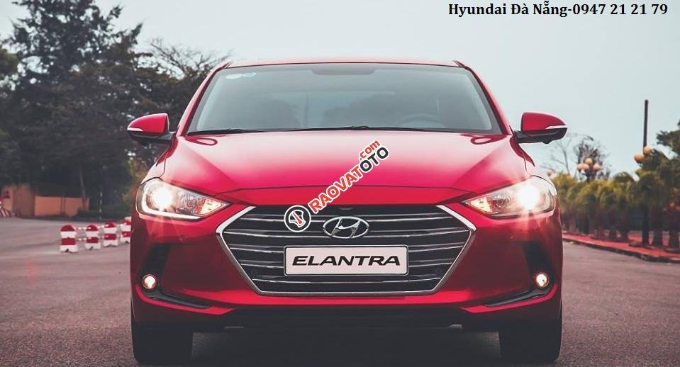 Xe Hyundai Elantra đời 2018 màu đỏ- Đà Nẵng, giá sốc, giảm giá 80 triệu, rẻ nhất thị trường-2