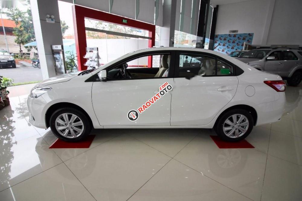 Bán Toyota Vios 1.5E đời 2017, màu trắng -4