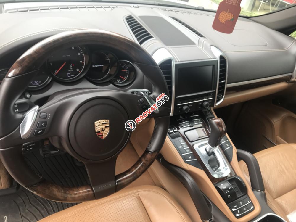 Bán xe Porsche Cayenne 3.6 V6 sản xuất 2011, đăng ký T12/2011-12