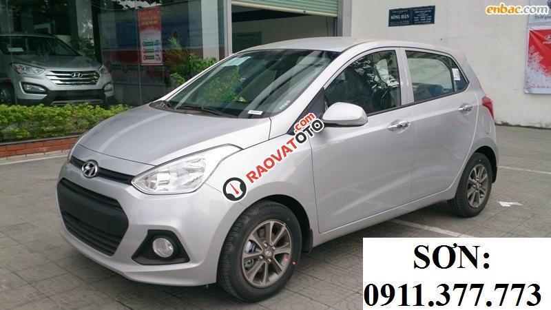 Cần bán xe Hyundai Grand i10 , màu bạc, LH Ngọc Sơn: 0911.377.773-7