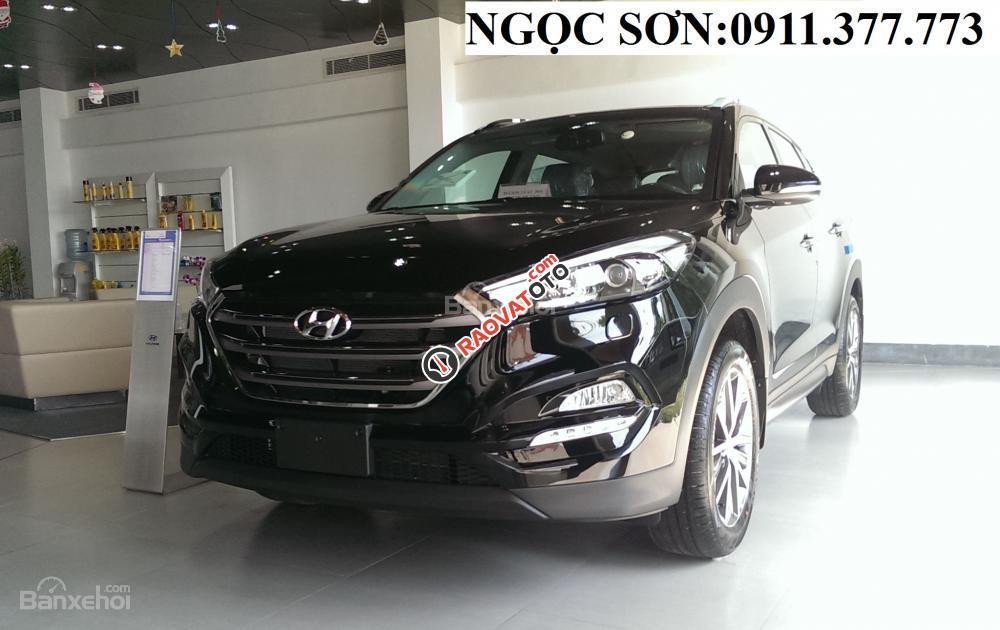 """""""Cực Hot"""" Bán ô tô Hyundai Tucson 2018 giảm 130 triệu, màu đen, trả góp 90% xe, liên hệ: Ngọc Sơn - 0911.377.773-12"""