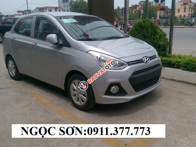 Cần bán xe Hyundai Grand i10 , màu bạc, LH Ngọc Sơn: 0911.377.773-8