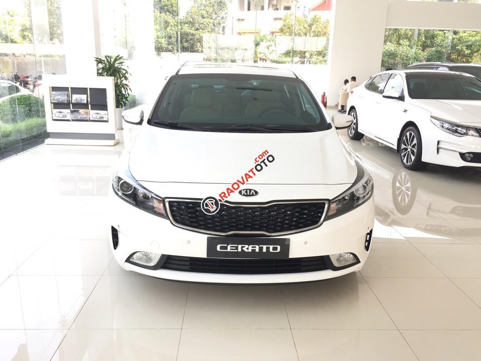 Bán xe Kia Cerato 1.6 AT đời 2018 (579tr), màu trắng, 0979 684 924-0