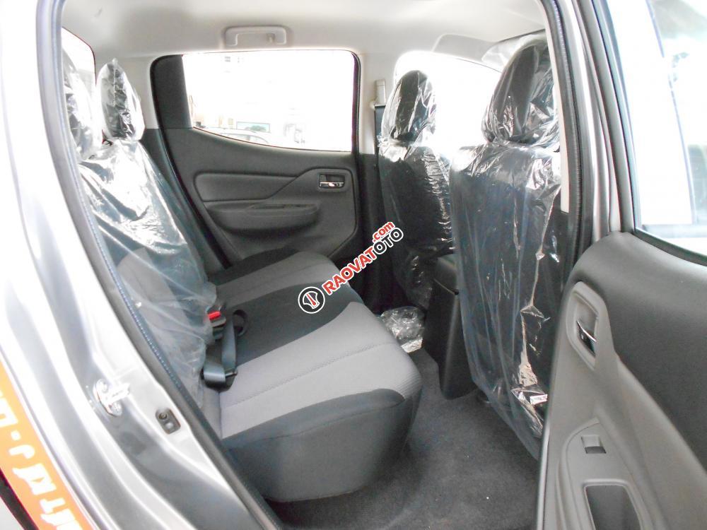Cần bán xe Mitsubishi Triton đời 2016, màu xám, nhập khẩu nguyên chiếc-6