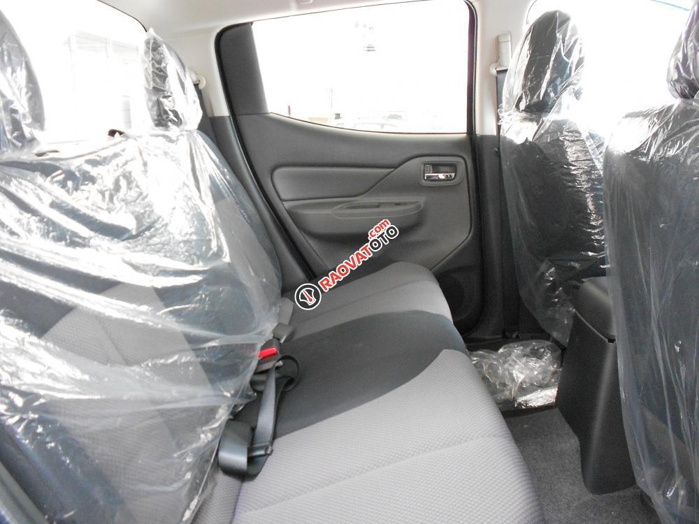 Cần bán xe Mitsubishi Triton đời 2016, màu xám, nhập khẩu nguyên chiếc-7