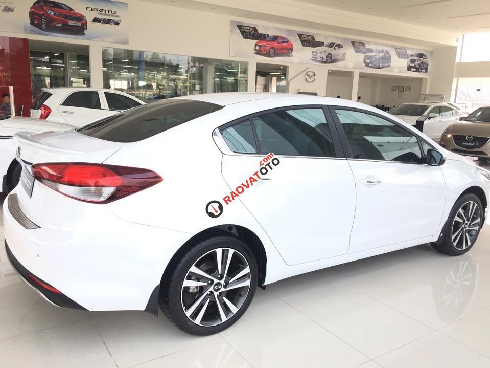 Bán xe Kia Cerato 1.6 AT đời 2018 (579tr), màu trắng, 0979 684 924-3