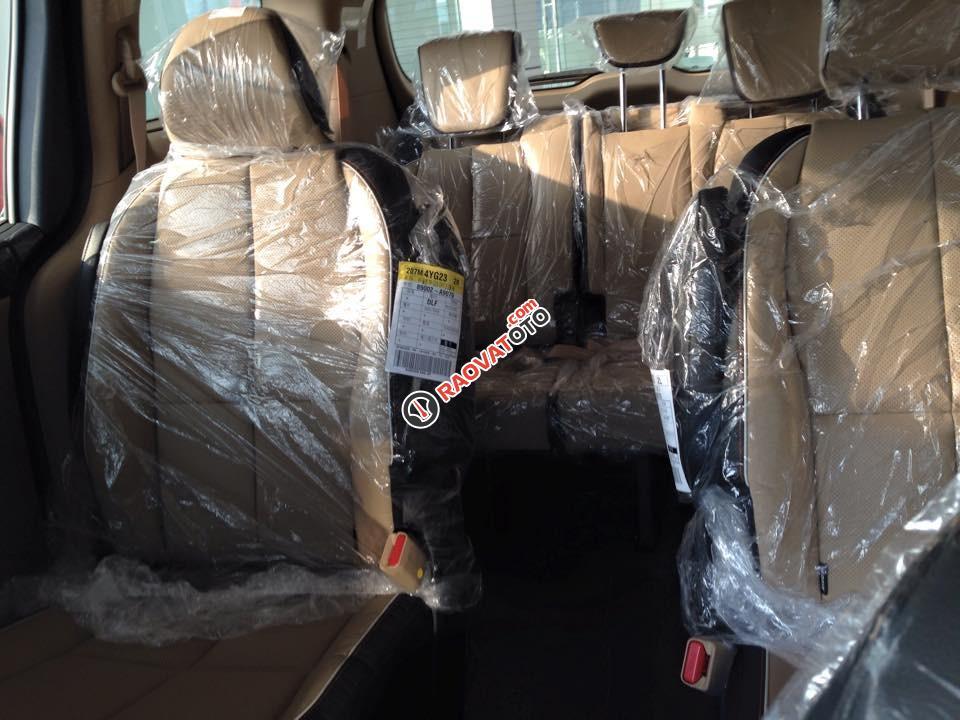 Cần bán Kia Sedona máy dầu 2.2 đời 2018, màu đen, giá tốt nhất Biên Hòa-7