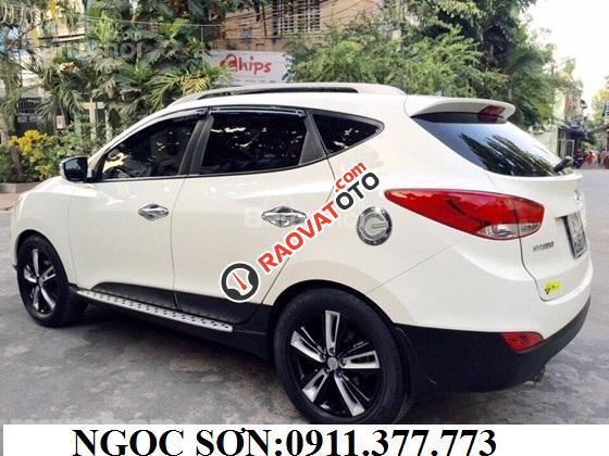 Cần bán Hyundai Tucson mới, màu trắng, LH Ngọc Sơn: 0911377773-2