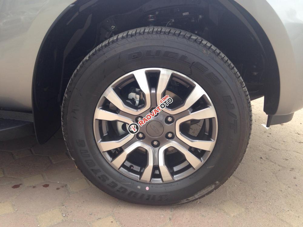 Ford Ranger Wildtrak 2.2 1 cầu giá tốt, xe đủ màu, hỗ trợ vay trả góp, lãi suất tốt nhất-4