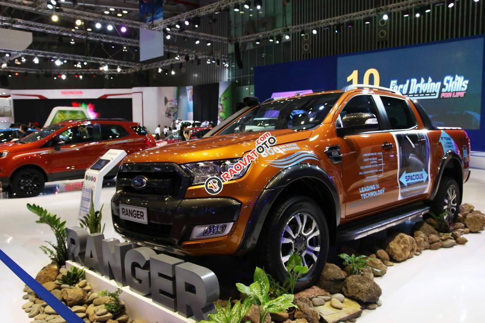 Bán Ford Ranger 3.2 giá tốt, hỗ trợ trả góp 80% lãi suất thấp, xe đủ màu giao ngay-0