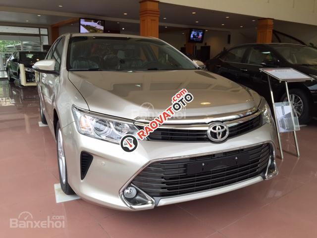 Bán ô tô Toyota Camry 2.5Q đời 2017, còn 4 màu lịch lãm sang trọng, ưu đãi lên đến 48 triệu đồng, giao xe ngay-1