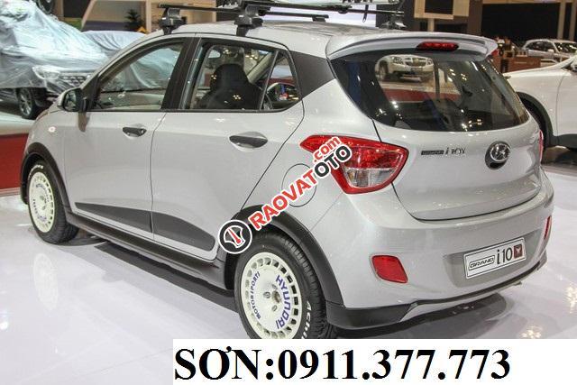 Cần bán xe Hyundai Grand i10 , màu bạc, LH Ngọc Sơn: 0911.377.773-1