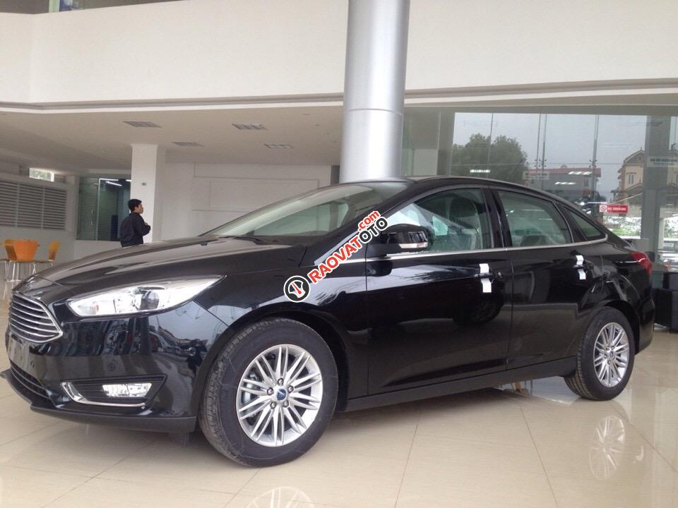 Bán ô tô Ford Focus Titanium 1.5L AT Ecoboost đời 2018, chính hãng giá cạnh tranh-0