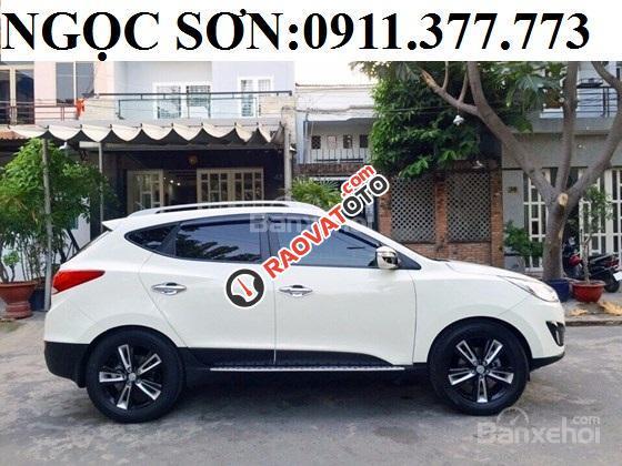 Cần bán Hyundai Tucson mới, màu trắng, LH Ngọc Sơn: 0911377773-16