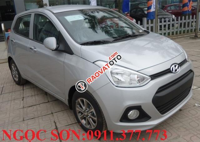Cần bán xe Hyundai Grand i10 , màu bạc, LH Ngọc Sơn: 0911.377.773-12