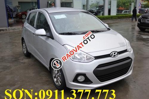 Cần bán xe Hyundai Grand i10 , màu bạc, LH Ngọc Sơn: 0911.377.773-4