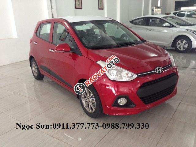 Bán Hyundai Grand i10, màu đỏ, trả góp 90%xe, LH Ngọc Sơn: 0911377773-0
