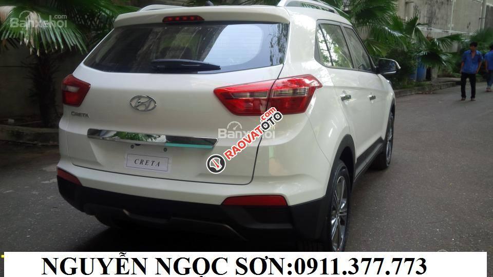 Bán Hyundai Creta mới đời 2018, màu trắng, nhập khẩu, giá chỉ 760 triệu, liên hệ: Ngọc Sơn: 0911.377.773-4