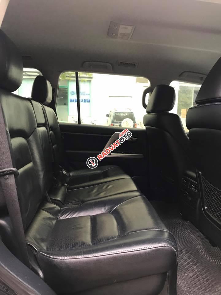 Cần bán xe Toyota Land Cruiser VX 4.6 sản xuất 2013, màu đen, nhập khẩu nguyên chiếc-8