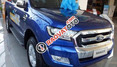 Xe bán tải Ford Ranger XLT 4x4 MT (2 cầu, số sàn) 2017, giá 790 triệu (chưa khuyến mại), ô tô nhập, Hồ Chí Minh-3